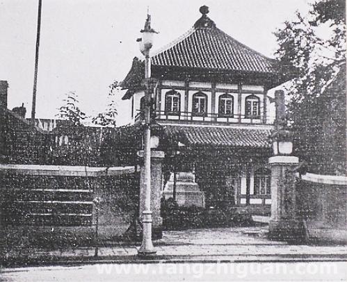1941年时的长春真言宗金刚寺,正门朝北,门前为今珠江路。