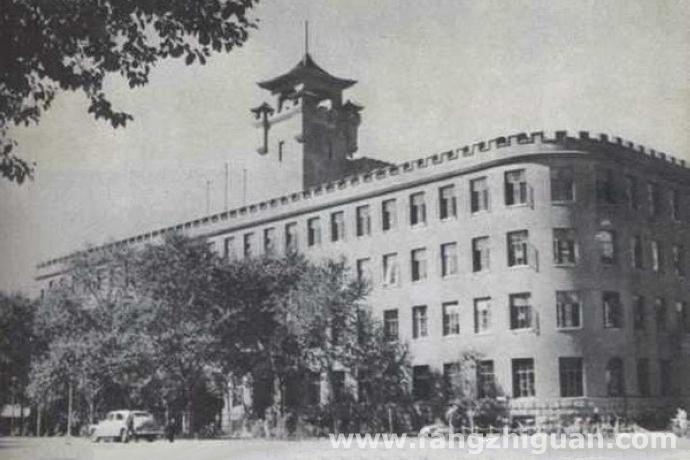 1959年,新京三菱康德会馆旧址,当时已成为长春市人民政府办公地。