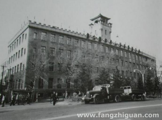 1982年,新京三菱康德会馆旧址。